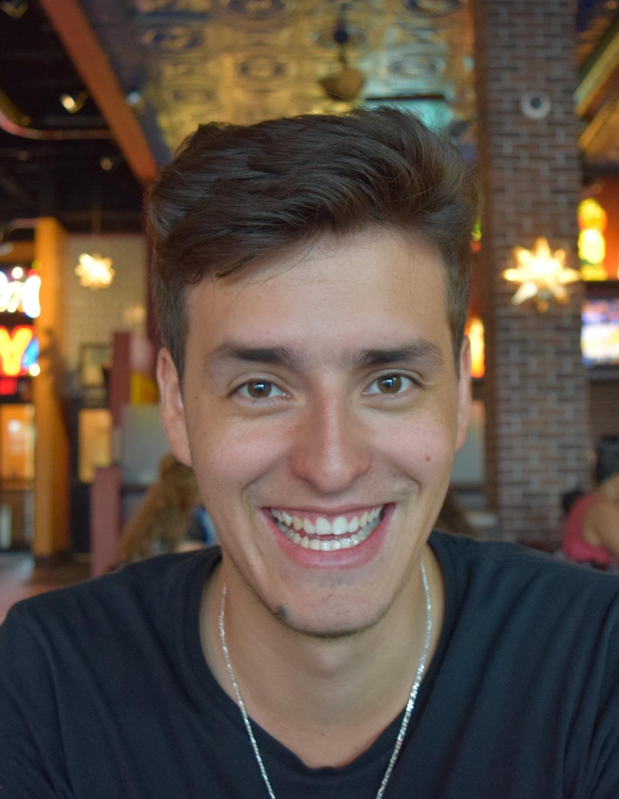 Mateo Espinosa Zarlenga